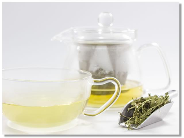 浄活茶の入れ方(2)ポットで蒸らして5分間