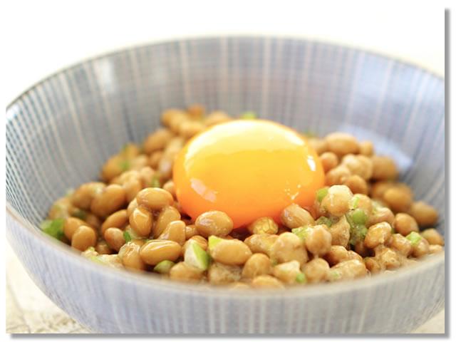 納豆と黄身の食べ合わせ